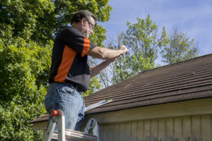 DOES HOMEOWNERS INSURANCE COVER ROOF REPLACEMENT?